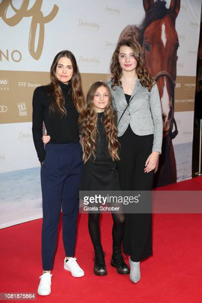 Laura Berlin Ella Paeffgen and Leia Holtwick during the premiere of the film 'Immenhof Das Abenteuer eines Sommers' at Mathaeser Filmpalast on...