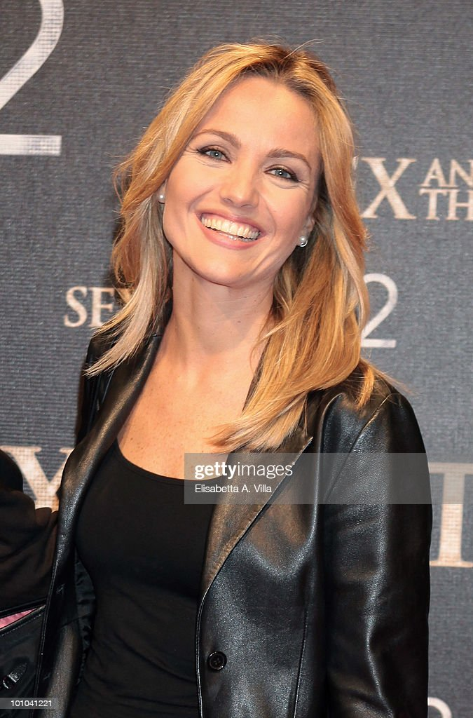 Laura Chimenti attends 'Sex & The City 2' premiere at Warner Moderno Cinema on May 27, 2010 in Rome, Italy.