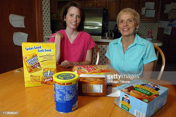 Laura Ciezadlo sits with her mother Linda Green at home in Libertyville, Illinois, Wednesday, June 13, 2007. Ciezadlo keeps a calorie journal after...