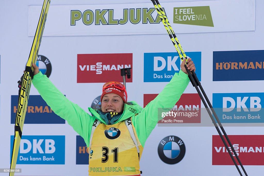 Laura Dahlmeier of Germany on podium celbrating her first... : Nachrichtenfoto