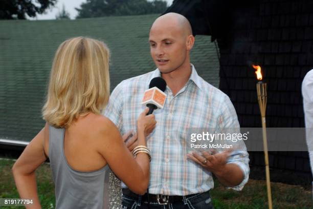 Laura Day and Chip Wade attend Traditional Home 'Barnbake' at Nova's Art Project on July 23 2010 in Water Mill NY