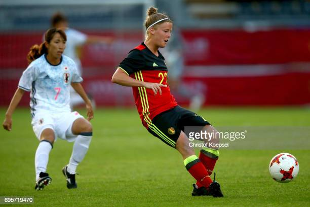Laura Deloose of Belgium runs with the ball during the Women's International Friendly match between Belgium and Japan at Stadium Den Dreef on June 13...