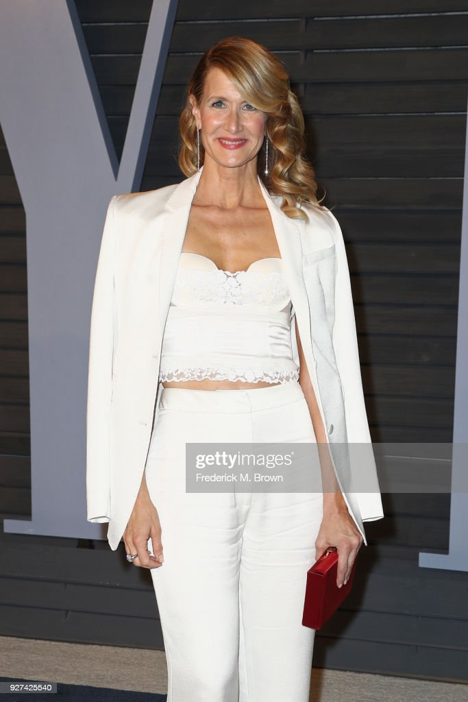 Laura Dern attends the 2018 Vanity Fair Oscar Party hosted by Radhika Jones at Wallis Annenberg Center for the Performing Arts on March 4, 2018 in Beverly Hills, California.