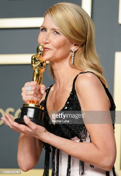Laura Dern winner of the Actress in a Supporting Role award for Marriage Story poses in the press room during the 92nd Annual Academy Awards at...