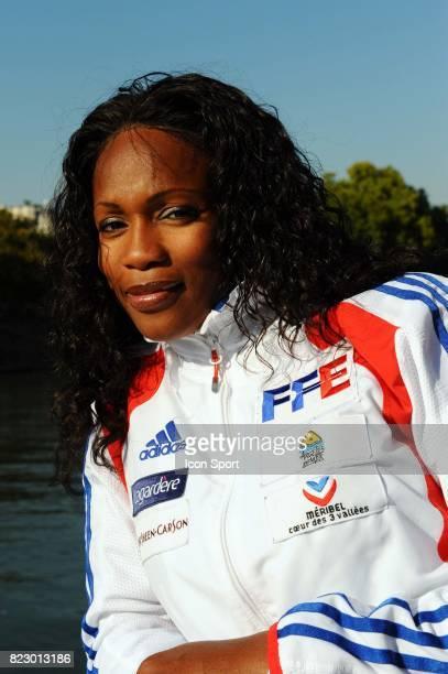 Laura FLESSEL COLOVIC / Escrime en Seine Presentation sur une Peniche des Championnats du Monde 2010 a Paris