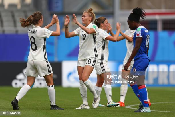 Laura Freigang of Germany celebrates scoring a goal with her team mates during the FIFA U20 Women's World Cup France 2018 group D match between...