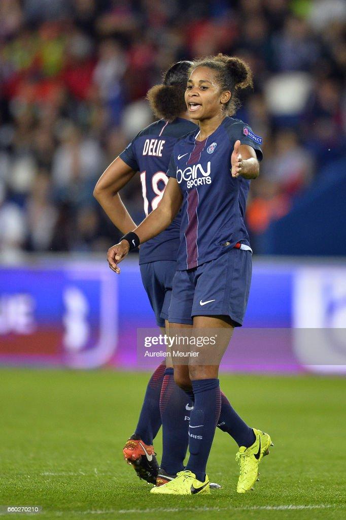 Paris Saint Germain v Bayern Munich - UEFA Women's Champions League