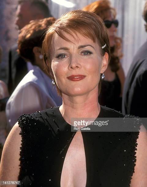 Laura Innes at the 51st Annual Primetime Emmy Awards Shrine Auditorium Los Angeles