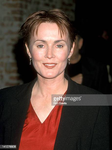 Laura Innes at the Premiere of 'The Hi-Lo Country', Mann Festival Theatre, Westwood.