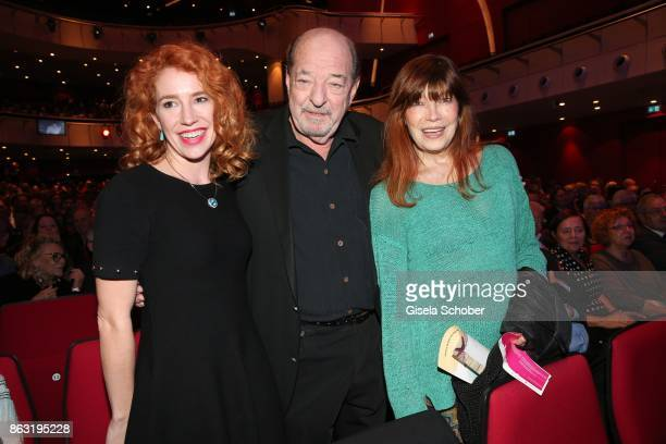 Laura Kaefer Ralph Siegel and Katja Ebstein during the musical premiere of 'Santa Maria' at Deutsches Theater on October 19 2017 in Munich Germany