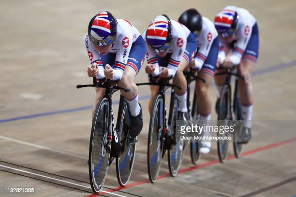 Laura Kenny Katie Archibald Elinor Barker and Ellie Dickinson of Team GB or Great Britain compete in the Women's team pursuit Quarter Finals on day...