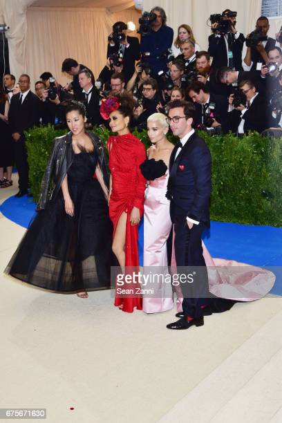Laura Kim Thandie Newton Zoe Kravitz and Fernando Garcia arrive at 'Rei Kawakubo/Comme des Garcons Art Of The InBetween' Costume Institute Gala at...