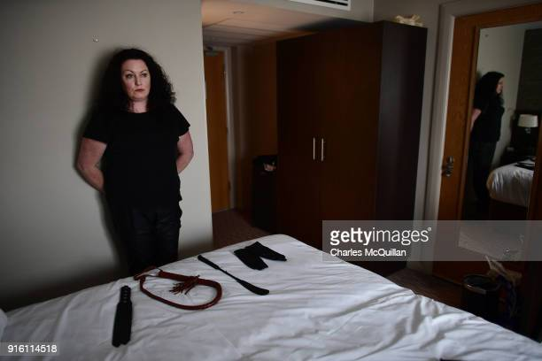 Laura Lee is shown waiting in her hotel room between clients in a  previously unreleased photograph e89ffe071
