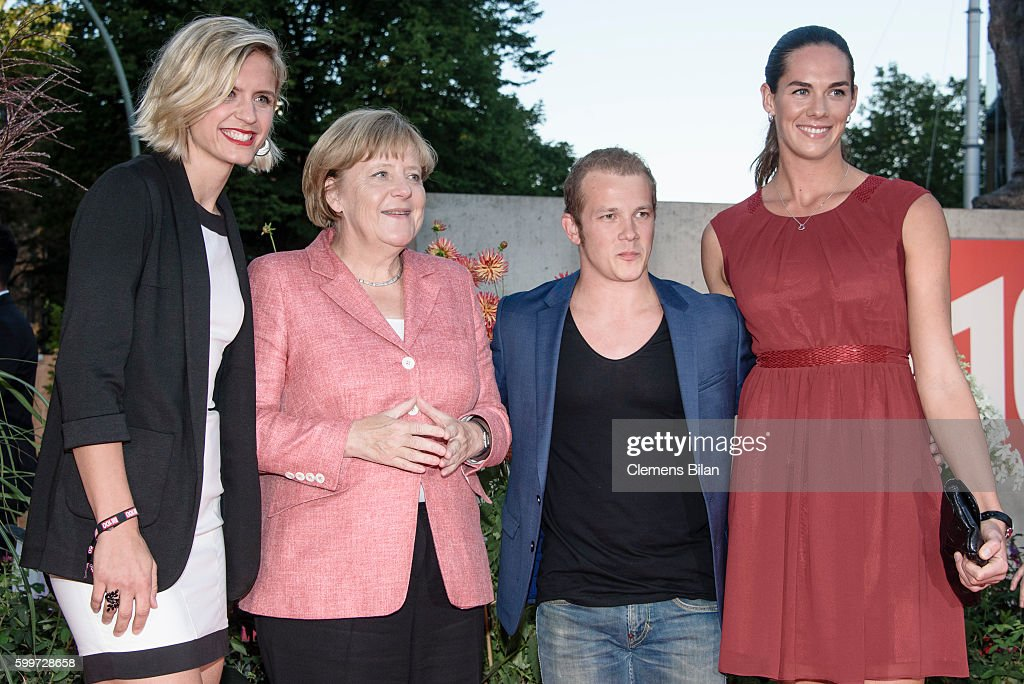 BILD100 In Berlin : News Photo