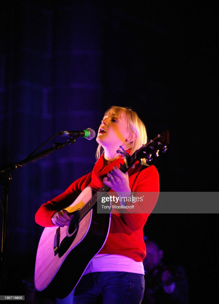 Laura Marling Performs in Liverpool