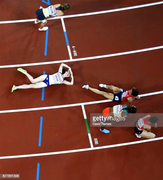 Laura Muir of Great Britain and competetors react after the Women's 1500 metres final during day four of the 16th IAAF World Athletics Championships...
