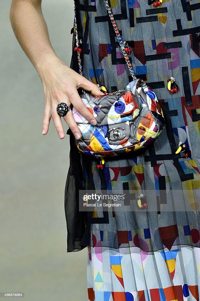 Chanel : Front Row  - Paris Fashion Week Womenswear Spring/Summer 2015 : News Photo