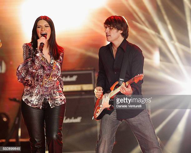 Laura Pausini and Paolo Carta perform on stage during the 2007 World Music Awards held at the Sporting Club on November 4 2007 in Monte Carlo Monaco