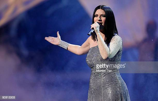 Laura Pausini performs onstage at the 10th Annual Latin Grammy Awards heldA at Mandalay Bay on November 5 2009 in Las Vegas Nevada