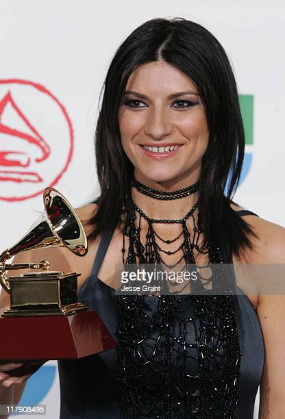 Laura Pausini winner of Best Female Pop Vocal Album for Escucha