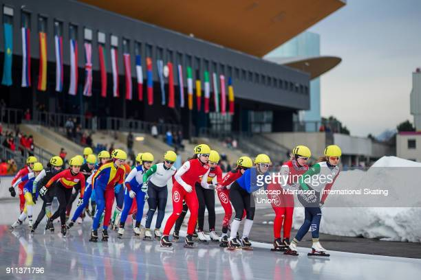 Laura Peveri of Italy leads the pack in the Ladies Mass Start during day two of the ISU Junior World Cup Speed Skating at Olympiaworld Ice Rink on...