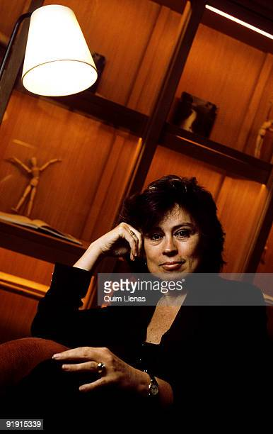 Laura Restrepo the Colombian writer Laura Restrepo has been days in Madrid to receive the Prize novel Abundant spring 2004 by its work Delirium In...