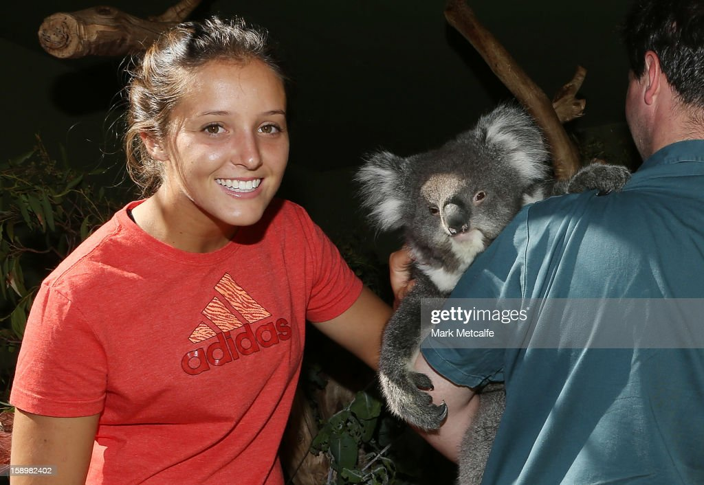 Laura Robson of Great Britain poses with a Koala on a visit to Bonorong Wildlife Sanctuary during day two of the Hobart International at Domain Tennis Centre on January 5, 2013 in Hobart, Australia.