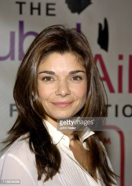 Laura San Giacomo during Clay Aiken's Bubel/Aiken Foundation to Hold Voices For Change Gala Benefit and Concert Benefiting Children with Disabilities...