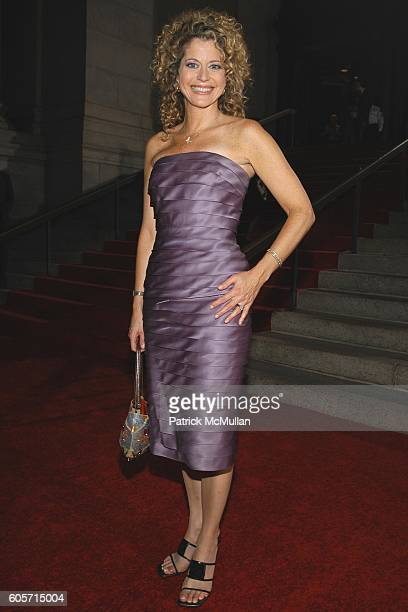 Laura Savini attends Second Annual QUILL AWARDS GALA at American Museum of Natural History on October 10 2006 in New York City