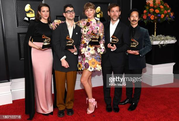 Laura Sisk, Jack Antonoff, Taylor Swift, Aaron Dessner, and Jonathan Low, winners of the Album of the Year award for 'Folklore,' pose in the media...