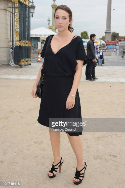 Laura Smet arrives for the Chloe Ready to Wear Spring/Summer 2011 show during Paris Fashion Week at Espace Ephemere Tuileries on October 4 2010 in...