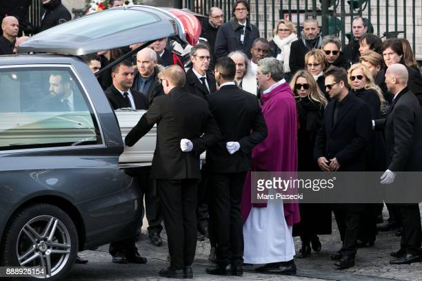 Laura Smet Nathalie Baye David Hallyday and Sylvie Vartan are seen during Johnny Hallyday's funerals at Eglise De La Madeleine on December 9 2017 in...