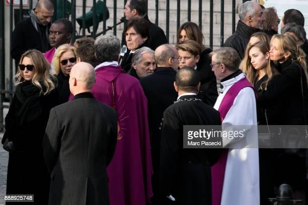 Laura Smet Sylvie Vartan JeanJacques Debout Ilona Smet and Estelle Lefebure are seen during Johnny Hallyday's funerals at Eglise De La Madeleine on...