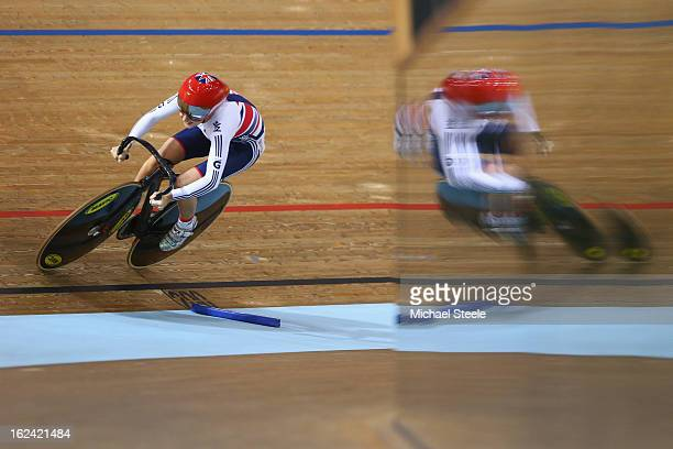 Laura Trott of Great Britain in action during the flying lap leg of the women's omnium race during day four of the UCI Track World Championships at...