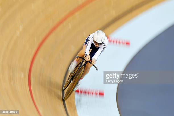 Laura Trott of Great Britain in action on her way to winning the Women's Omnium Individual Pursuit on day two of the UCI Track Cycling World Cup at...