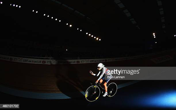 Laura Trott of Great Britain waves to the crowds after riding in the Flying Lap round of the Women's Omnium on day three of the UCI Track Cycling...