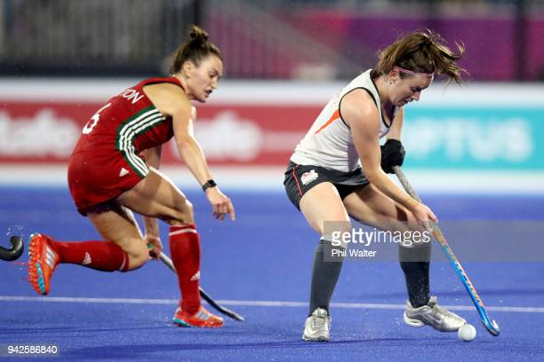 Laura Unsworth of England turns the ball during their Womens Hockey match between England and Wales on day two of the Gold Coast 2018 Commonwealth...