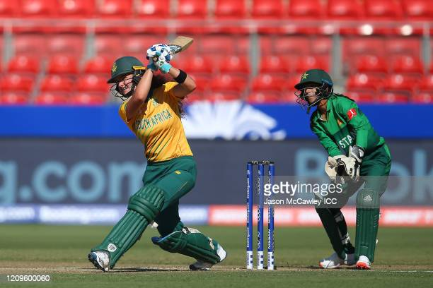 Laura Wolvaardt of South Africa bats during the ICC Women's T20 Cricket World Cup match between South Africa and Pakistan at Sydney Showgrounds on...