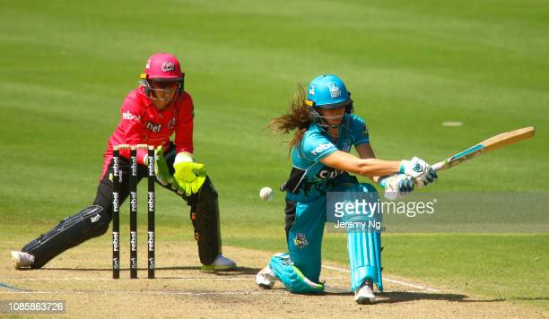 Laura Wolvaardt of the Heat bats during the Women's Big Bash League match between the Sydney Sixers and the Brisbane Heat at Hurstville Oval on...