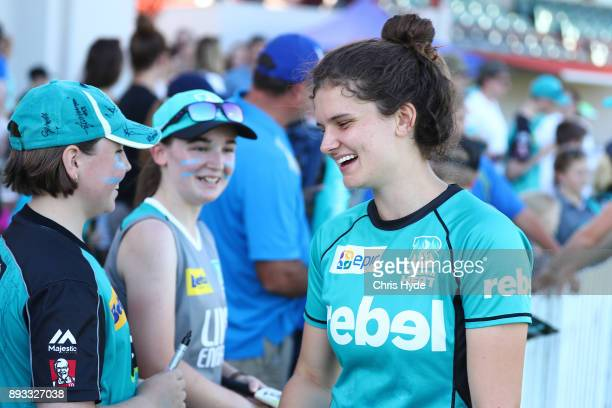 Laura Wolvaardt of the Heat talks to fans during the Women's Big Bash League match between the Brisbane Heat and the Perth Scorchers at Allan Border...