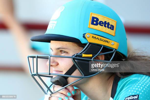Laura Wolvaardt of the Heat waits to bat during the Women's Big Bash League match between the Brisbane Heat and the Perth Scorchers at Allan Border...