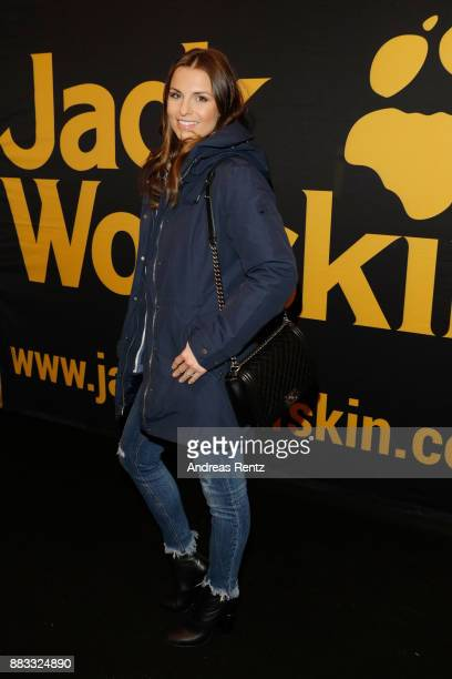 Laura Wontorra attends the exclusive preview of 'Zwischen zwei Leben The Mountain between us' at Filmpalast Cologne on November 30 2017 in Cologne...