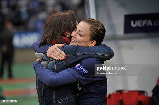 Laure Boulleau of PSG celebrates the 21 victory over Wolfsburg during the UEFA Womens Champions League Semifinal game between Paris Saint Germain and...