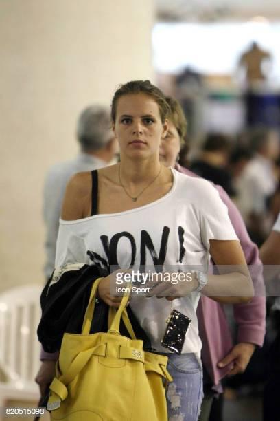 Laure MANAUDOU avec un Tee shirt Non je ne regrette rien Championnats de France de Natation 2009 Piscine Antigone Montpellier