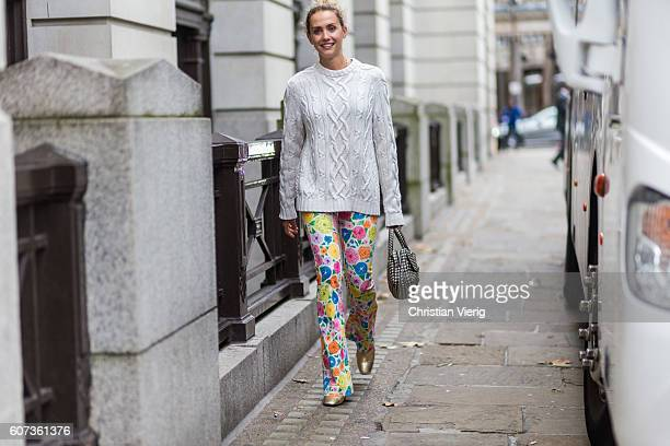 Laurel Pantin wearing a white jumper outside of Emilia Wickstead during London Fashion Week Spring/Summer collections 2017 on September 17 2016 in...