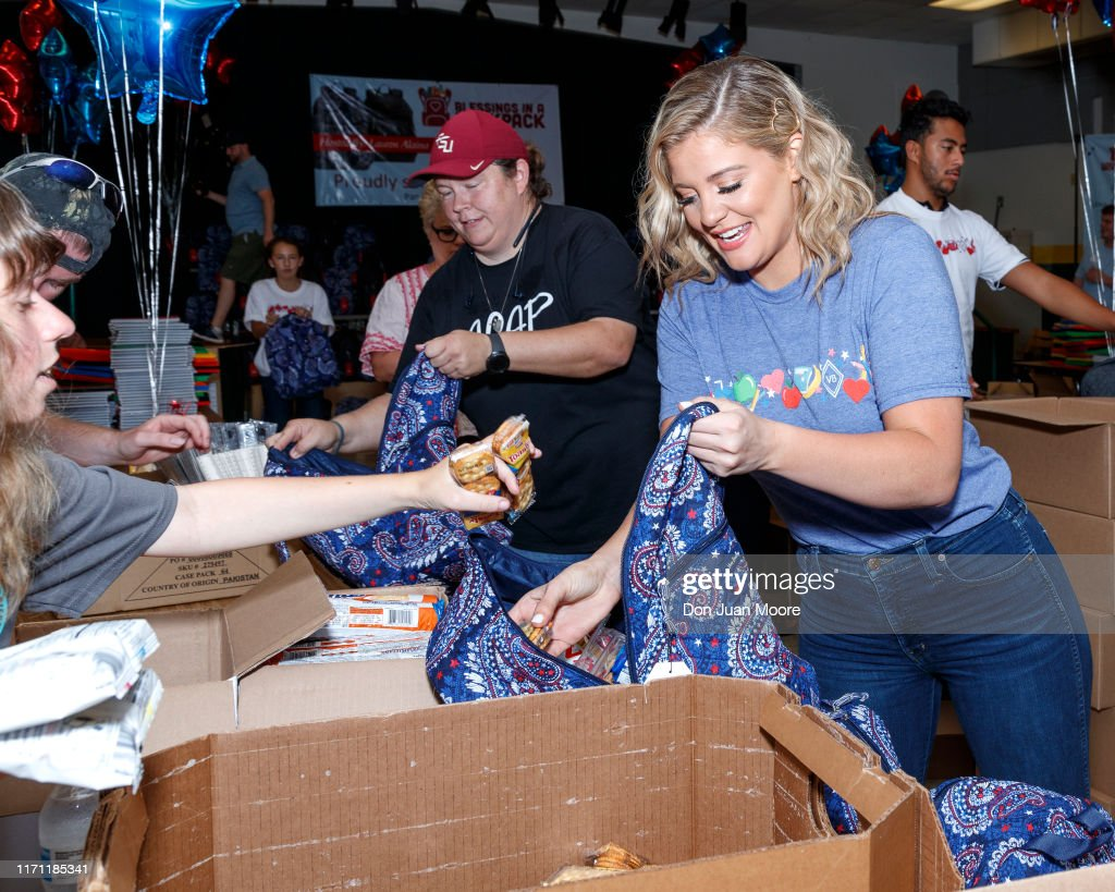 Vera Bradley x Blessings In A Backpack Event With Lauren Alaina : News Photo