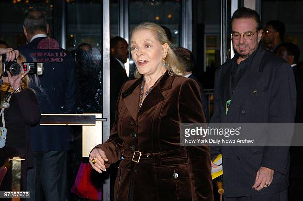"Lauren Bacall arrives at the Ziegfeld Theater for the world premiere of ""The Life Aquatic With Steve Zissou."""