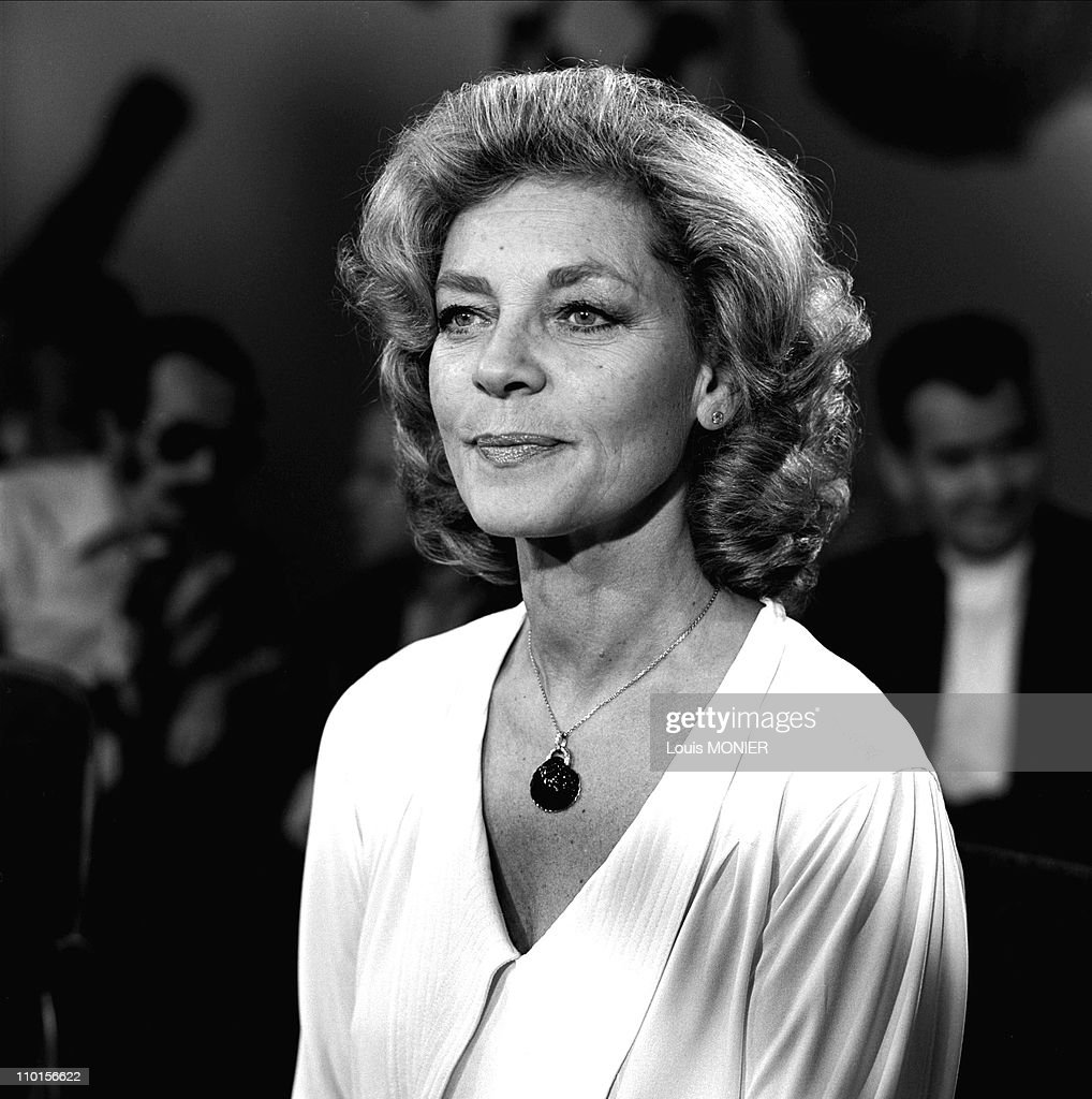 'Apostrophes' with Lauren Bacall in Paris, France on May 11, 1979. : News Photo