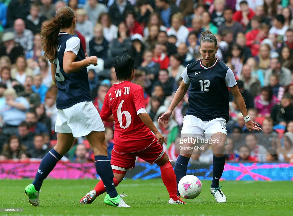 Olympics Day 4 - Women's Football - USA v DPR Korea : News Photo