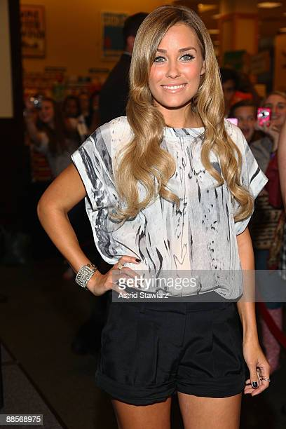 """Lauren Conrad promotes her new book """"L.A. Candy"""" at Barnes & Noble Tribeca on June 18, 2009 in New York City."""